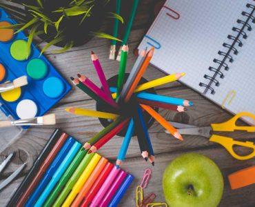 Przybory szkolne i biurowe po angielsku